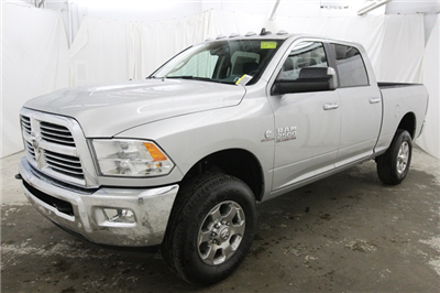 2018 Ram 2500 Crew Cab 4x4 Pickup #JG117999 - photo 9