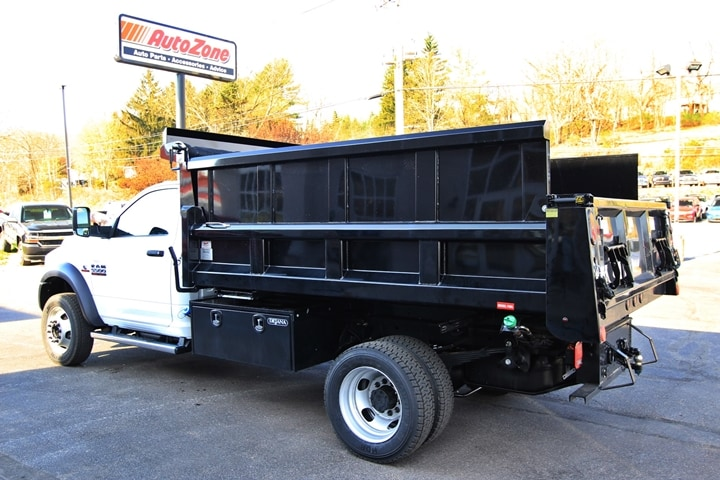 2018 Ram 5500 Regular Cab DRW 4x4, Dump Body #JG122349 - photo 6