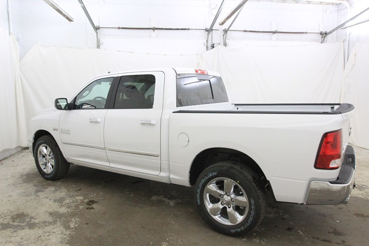 2018 Ram 1500 Crew Cab 4x4, Pickup #JG129881 - photo 7