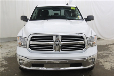 2018 Ram 1500 Crew Cab 4x4 Pickup #JG129890 - photo 10