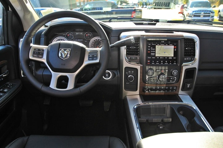 2018 Ram 3500 Crew Cab DRW 4x4 Pickup #JG132552 - photo 29