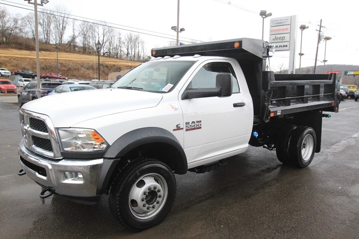 2018 Ram 5500 Regular Cab DRW 4x4, Dump Body #JG154270 - photo 8