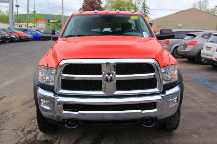 2018 Ram 5500 Regular Cab DRW 4x4, Cab Chassis #JG237980 - photo 9