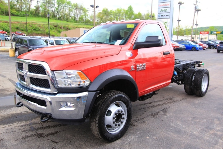 2018 Ram 5500 Regular Cab DRW 4x4, Cab Chassis #JG237980 - photo 8
