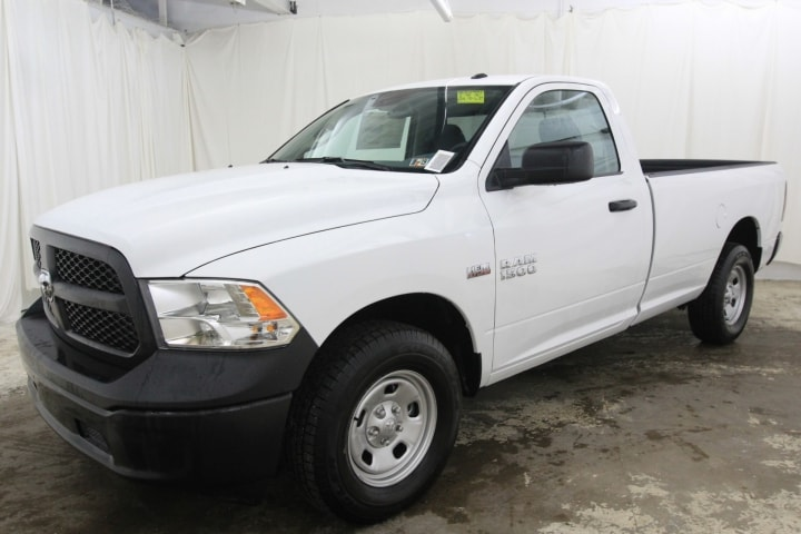 2018 Ram 1500 Regular Cab 4x4,  Pickup #JG246786 - photo 9
