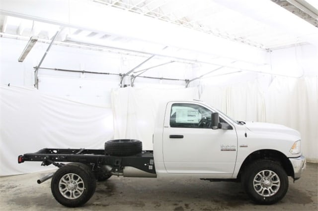 2018 Ram 3500 Regular Cab 4x4,  Cab Chassis #JG312922 - photo 4