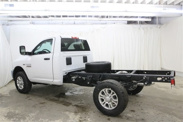 2018 Ram 3500 Regular Cab 4x4,  Cab Chassis #JG312922 - photo 7