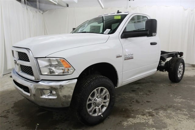 2018 Ram 3500 Regular Cab 4x4,  Cab Chassis #JG312922 - photo 9