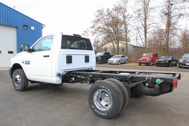 2018 Ram 3500 Regular Cab DRW 4x4,  Cab Chassis #JG376539 - photo 8