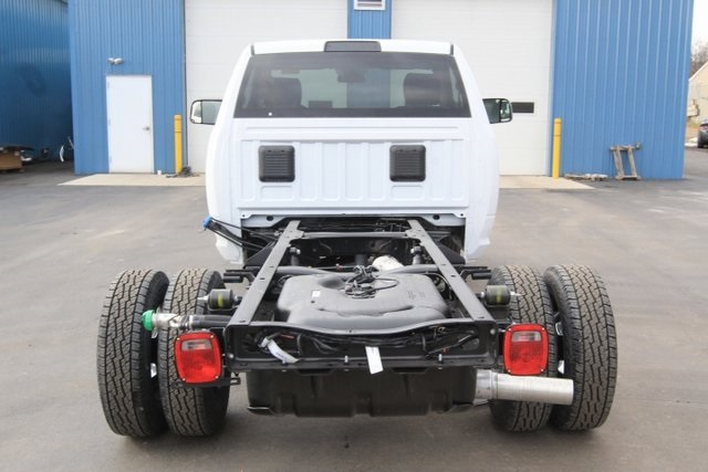 2018 Ram 3500 Regular Cab DRW 4x4,  Cab Chassis #JG376539 - photo 7