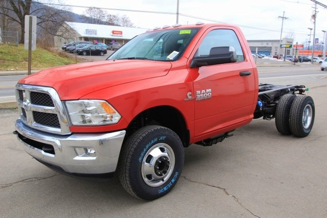 2018 Ram 3500 Regular Cab DRW 4x4,  Cab Chassis #JG376540 - photo 13