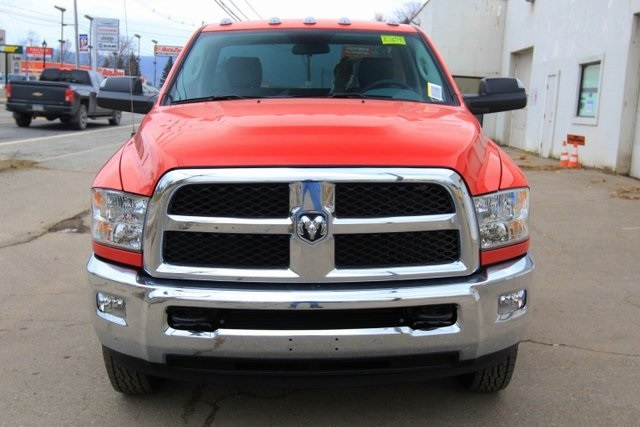 2018 Ram 3500 Regular Cab DRW 4x4,  Cab Chassis #JG376540 - photo 14