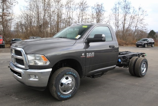 2018 Ram 3500 Regular Cab DRW 4x4,  Cab Chassis #JG376541 - photo 13