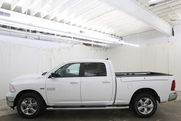 2018 Ram 1500 Crew Cab 4x4 Pickup #JS128773 - photo 8