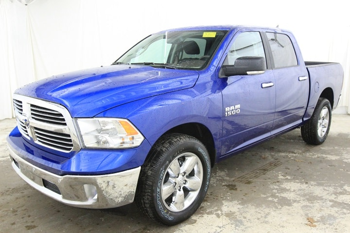 2018 Ram 1500 Crew Cab 4x4, Pickup #JS135005 - photo 8