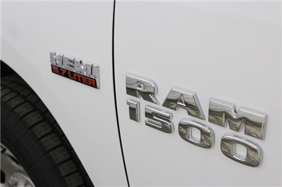 2018 Ram 1500 Quad Cab 4x4 Pickup #JS147030 - photo 16