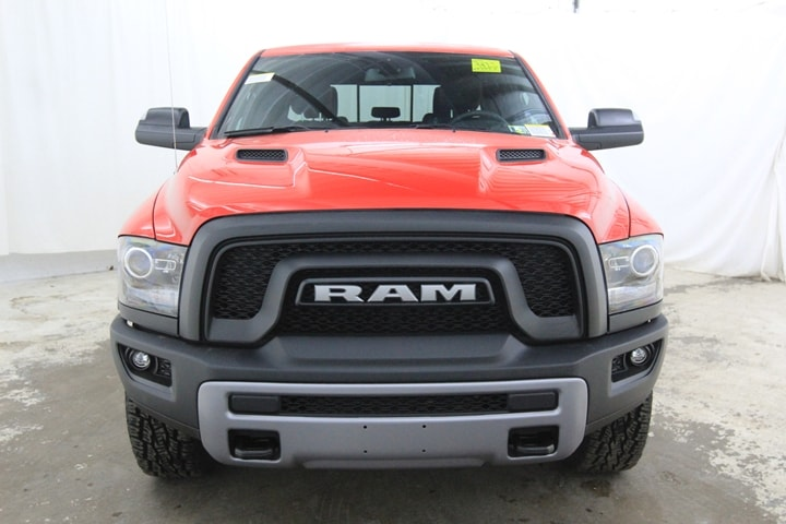 2018 Ram 1500 Crew Cab 4x4 Pickup #JS180676 - photo 9