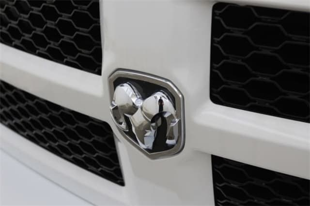 2018 Ram 1500 Crew Cab 4x4,  Pickup #JS258437 - photo 11
