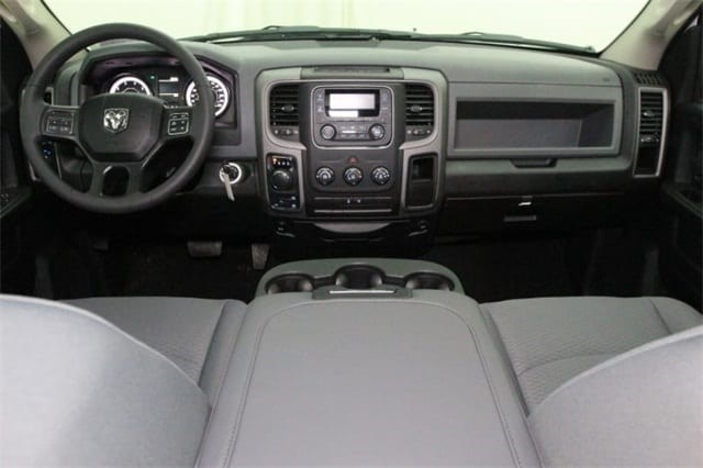 2018 Ram 1500 Crew Cab 4x4,  Pickup #JS258437 - photo 25