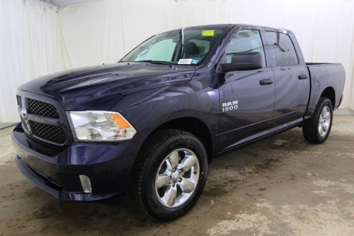 2018 Ram 1500 Crew Cab 4x4,  Pickup #JS323402 - photo 9
