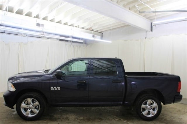2018 Ram 1500 Crew Cab 4x4,  Pickup #JS323402 - photo 8
