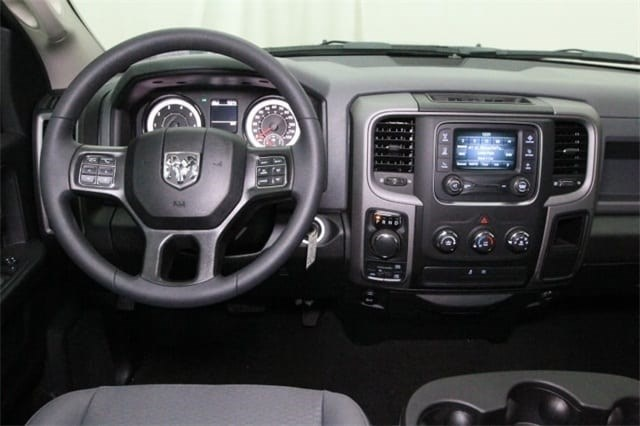 2018 Ram 1500 Crew Cab 4x4,  Pickup #JS323402 - photo 26