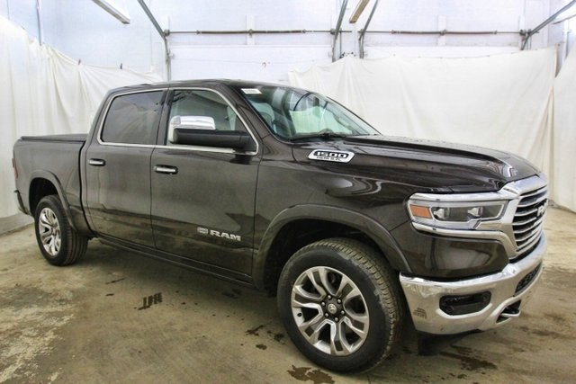 2019 Ram 1500 Crew Cab 4x4,  Pickup #KN673611 - photo 3