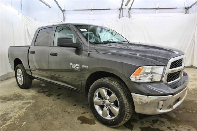 2019 Ram 1500 Crew Cab 4x4,  Pickup #KS547026 - photo 3