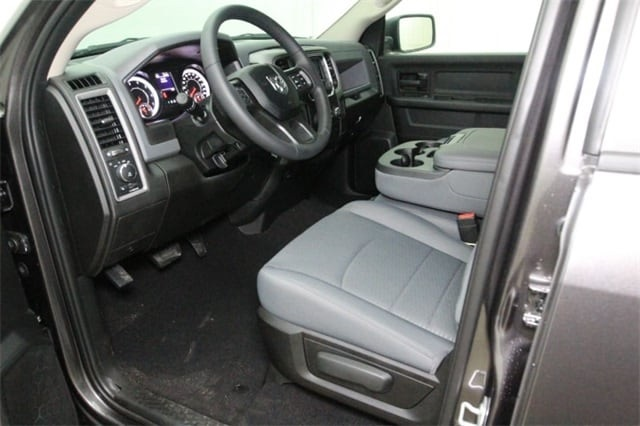 2019 Ram 1500 Crew Cab 4x4,  Pickup #KS547026 - photo 10