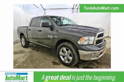 2019 Ram 1500 Crew Cab 4x4,  Pickup #KS547026 - photo 1