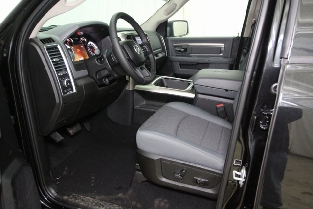 2019 Ram 1500 Crew Cab 4x4,  Pickup #KS559513 - photo 12