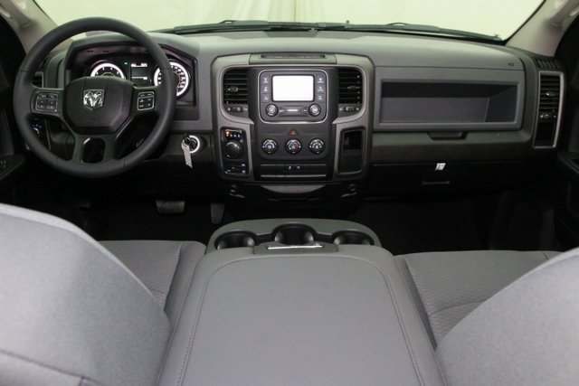 2019 Ram 1500 Crew Cab 4x4,  Pickup #KS569047 - photo 16