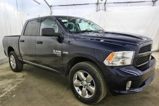 2019 Ram 1500 Crew Cab 4x4,  Pickup #KS569047 - photo 3