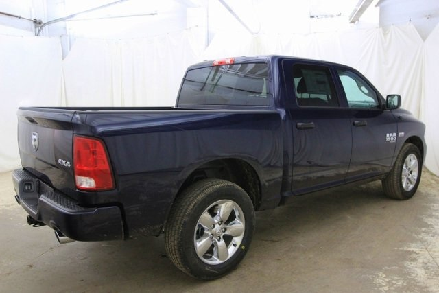 2019 Ram 1500 Crew Cab 4x4,  Pickup #KS569047 - photo 7