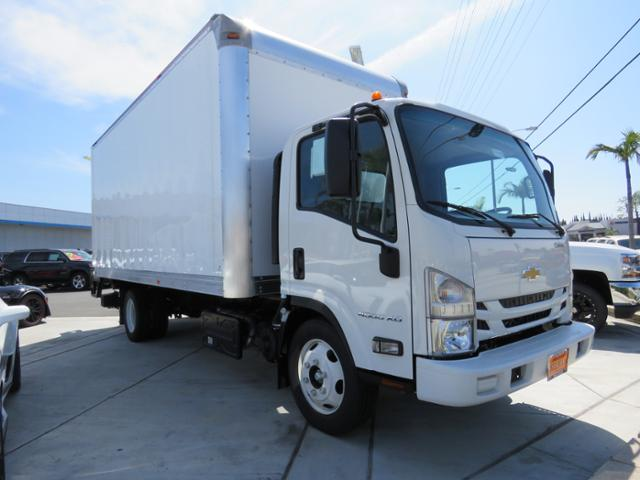 2017 LCF 4500XD Regular Cab, Supreme Dry Freight #171115 - photo 3