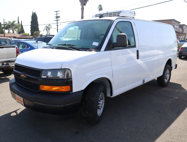 2018 Chevrolet Express 3500 RWD, Thermo King Direct-Drive Refrigerated Body #181455 - photo 12