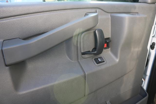 2018 Chevrolet Express 3500 RWD, Supreme Iner-City Cutaway Van #182930 - photo 10