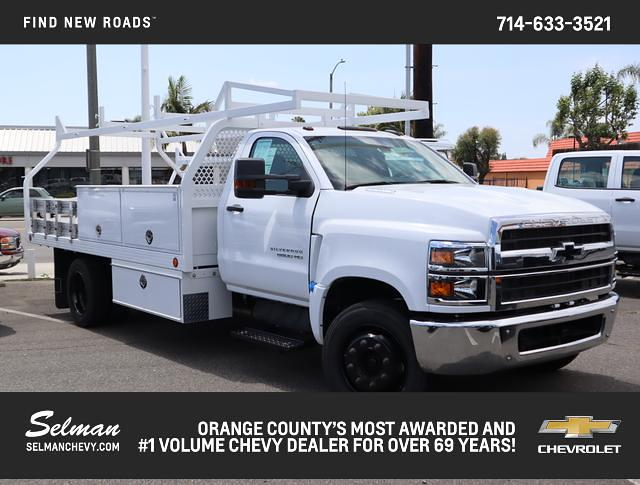 2019 Chevrolet Silverado 5500 Regular Cab DRW 4x2, Royal Contractor Body #192132 - photo 1