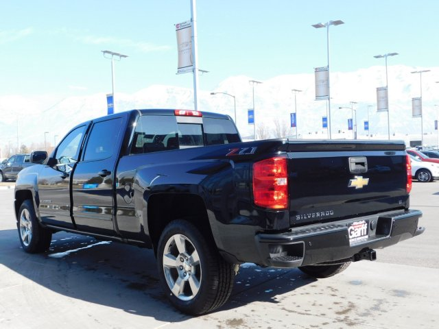 2018 Silverado 1500 Crew Cab 4x4,  Pickup #4E80785 - photo 5