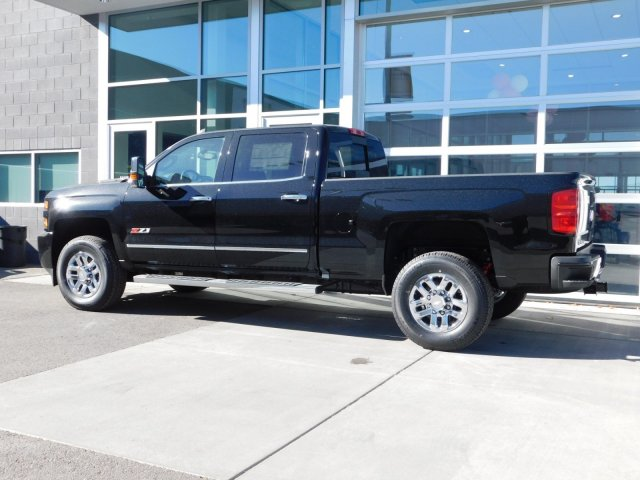2019 Silverado 3500 Crew Cab 4x4,  Pickup #4E90082 - photo 5