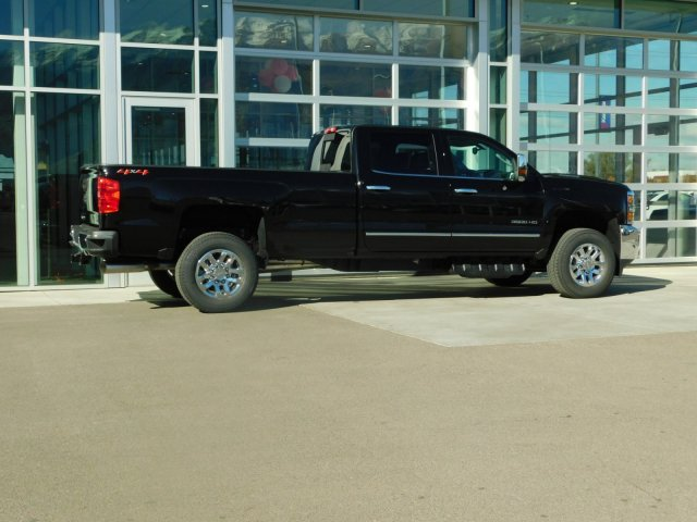 2019 Silverado 3500 Crew Cab 4x4,  Pickup #4E90145 - photo 2