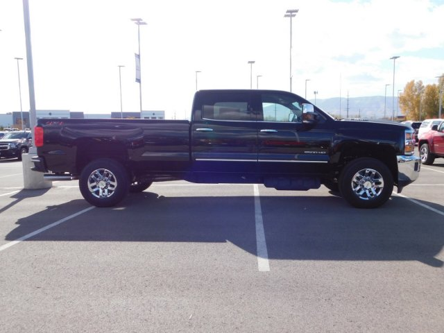 2019 Silverado 2500 Crew Cab 4x4,  Pickup #4E90168 - photo 3