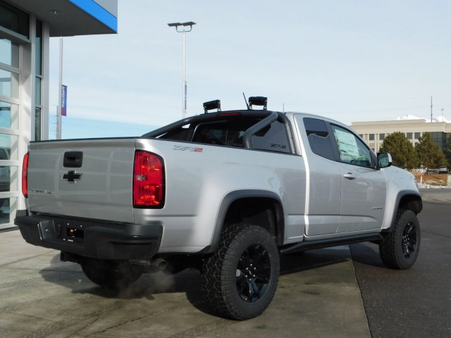 2019 Colorado Extended Cab 4x4,  Pickup #4E90290 - photo 2