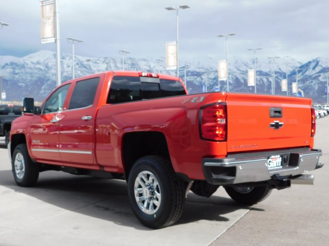 2019 Silverado 3500 Crew Cab 4x4,  Pickup #4E90314 - photo 5