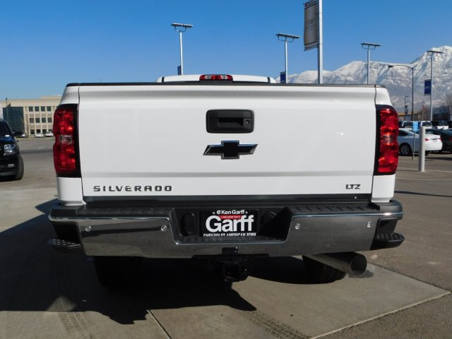 2019 Silverado 3500 Crew Cab 4x4,  Pickup #4E90346 - photo 4