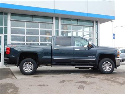 2019 Silverado 3500 Crew Cab 4x4,  Pickup #4E90373 - photo 3