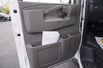 2019 Chevrolet Express 3500 RWD, Unicell Aerocell CW Cutaway Van #3190923 - photo 9