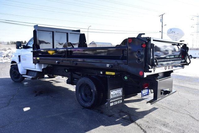 2019 Chevrolet Silverado Medium Duty Regular Cab DRW RWD, Crysteel Contractor Dump Body #3190970 - photo 9