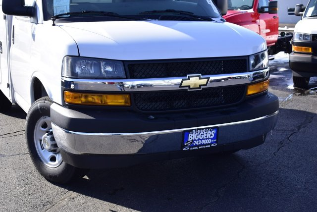 2020 Express 3500 4x2, Supreme Service Utility Van #3200166 - photo 3