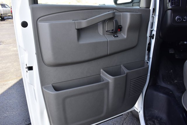 2020 Express 3500 4x2, Supreme Service Utility Van #3200166 - photo 9
